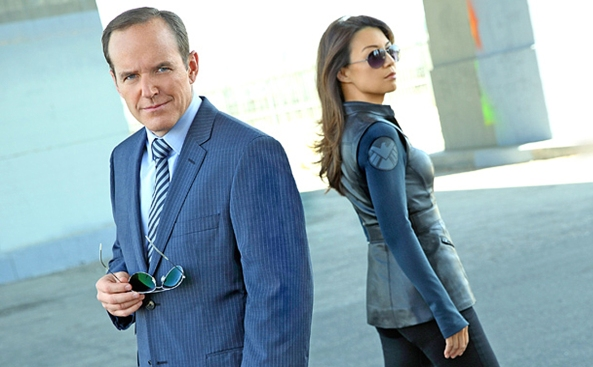 Phil-Coulson-Melinda-May-image-phil-coulson-and-melinda-may-36097158-1741-1080