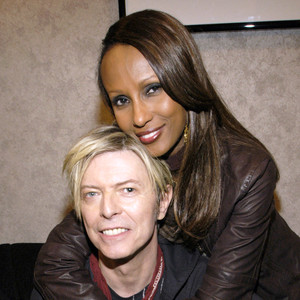 rs_300x300-160111130232-600.David-Bowie-Iman.2.ms.011116