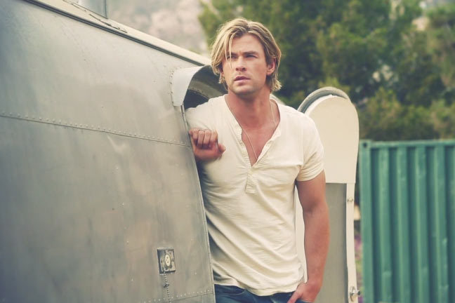 chris_hemsworth_sexiest_man-2